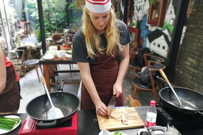 Giant Panda & Sichuan Cuisine Cooking Class Private Tour (No shopping steps) photo 3