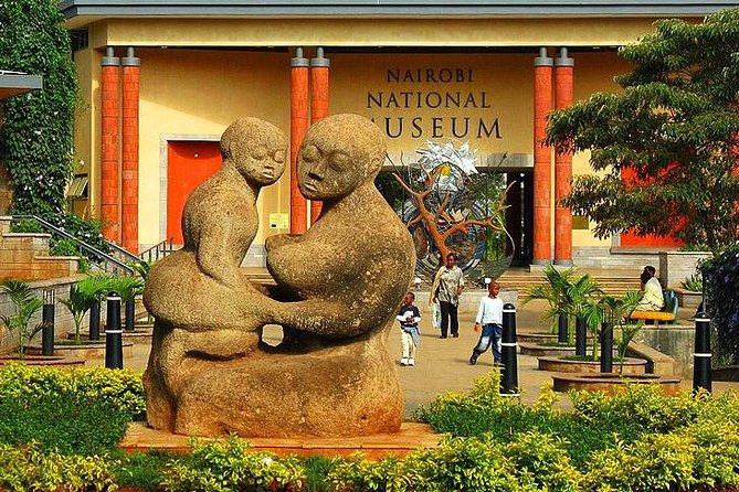 4 Hours Nairobi National Museum and Snake Park with Car