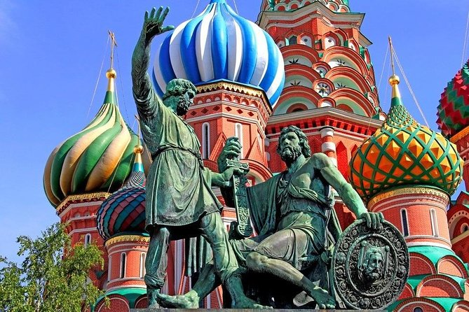 Moscow behind the Scenes with Incredible St.Basil's Cathedral Private Tour