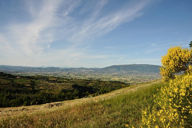 Hiking: Mount Subasio From Spello To Assisi - Umbria photo 3