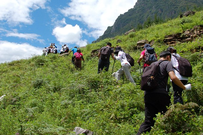 2 days Hiking tour at Tiger leaping gorge with accommodation start from Lijiang photo 3
