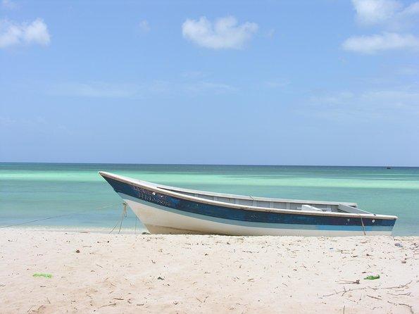 Untouched Paradise – Bahía de Las Águilas