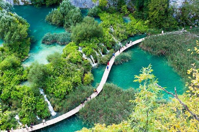 Zagreb supereconômica: excursão a pé em Zagreb e viagem diurna em Plitvice Lakes National Park
