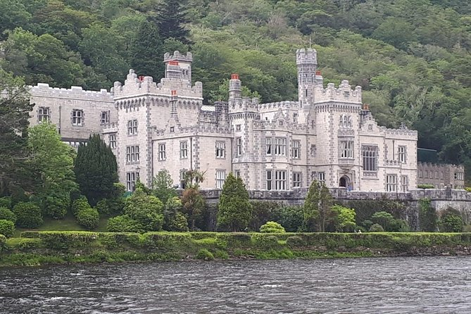 Ireland Country and City Platinum Express Private Luxury Tour