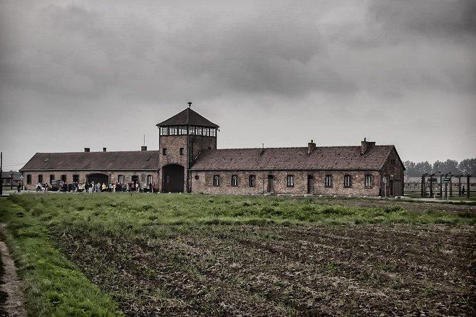 Auschwitz-Birkenau Guided Tour by MiniVan with Hotel Transfer