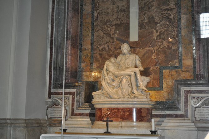 Private Vatican Museums Tour with Sistine Chapel & St. Peter's Basilica photo 9