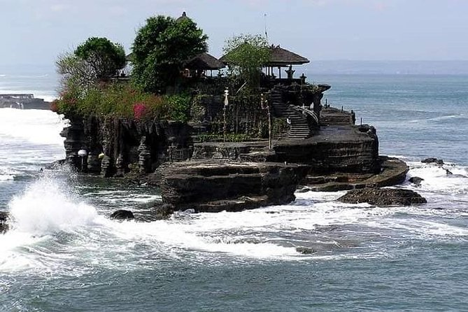 Private Tanah lot temple