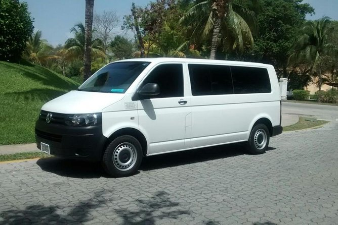 Private Transportation for Couples in Cancun