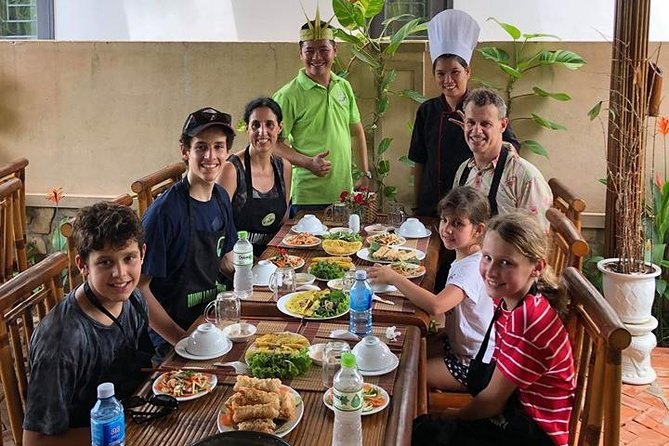 Hoi An Cooking Class and Basket boat tour