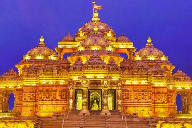 Private Evening Tour of Akshardham Temple with Musical Fountain Show