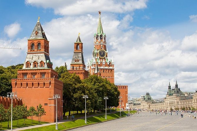 Explore Iconic Moscow on a Private Red Square, Kremlin & Cathedrals Tour