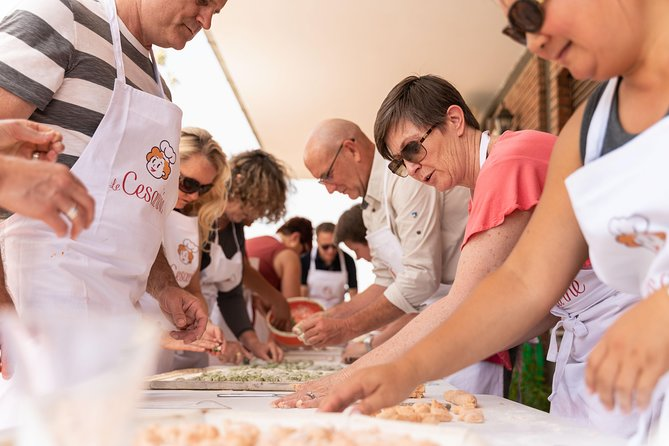 Share your Pasta Love: Small group Pasta and Tiramisu class in Assisi