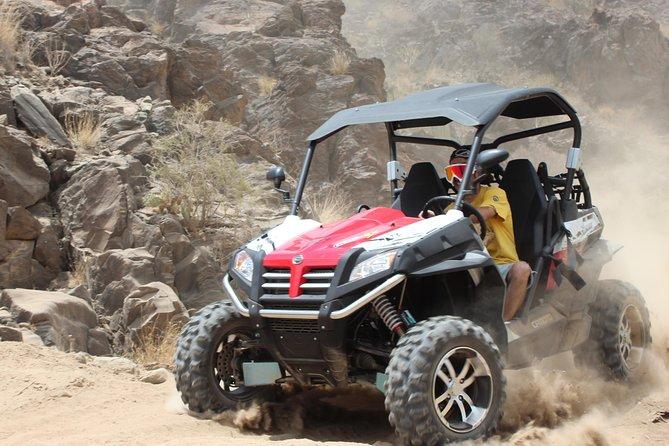 Excursion en buggy ATV , gafa de proteccion cross , seguros, traslado del hotel y una botella de agua por cliente incluido.