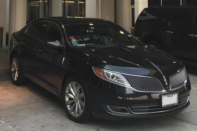 Arrival Private Transfer Houston Airport HOU to Houston City by Sedan Car