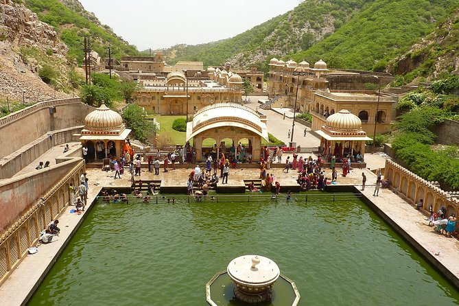7 Days Golden Triangle Tour with Temples Delhi Agra Jaipur Tour