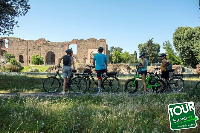 Private e-Bike Tour - Appian Way, Catacombs and Aqueducts