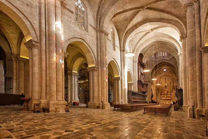 Skip the Line: Tarragona Cathedral Entrance Ticket & Audioguide