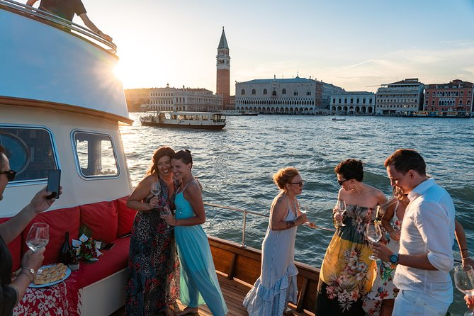 Venice: Full Day Private Boat tour