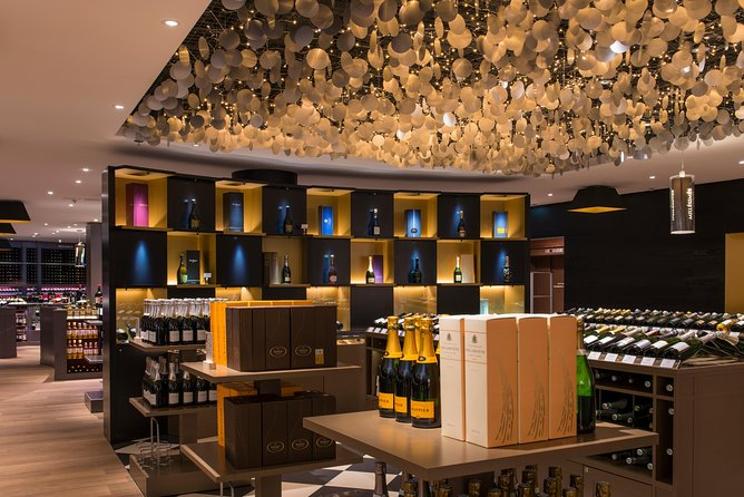 Wine Tasting with La Cave Duclot at Galeries Lafayette Paris photo 6