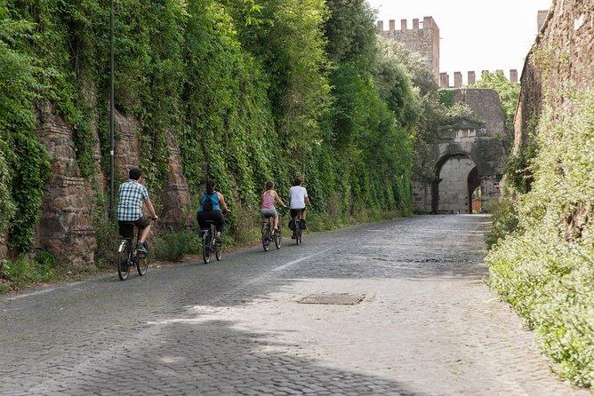 Appian Way in Rome 3-Hour Bike Tour