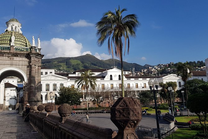 Quito Old Town + The Middle Of The World photo 7