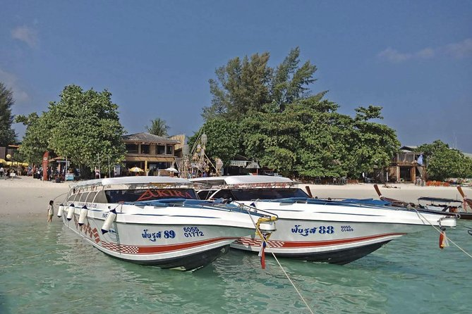 Koh Ngai to Langkawi by Satun Pakbara Speed Boat and Ferry