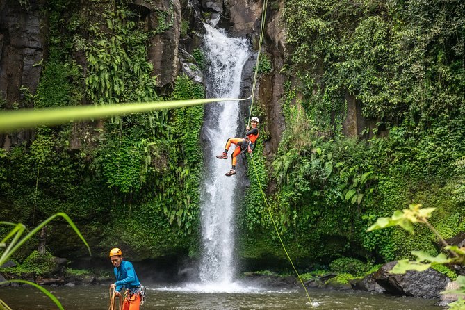 High Vertical Canyoning Trip: Anahata Canyon