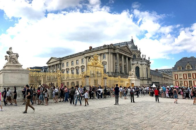 Palace of Versailles Guided Tour with Skip the Line Access