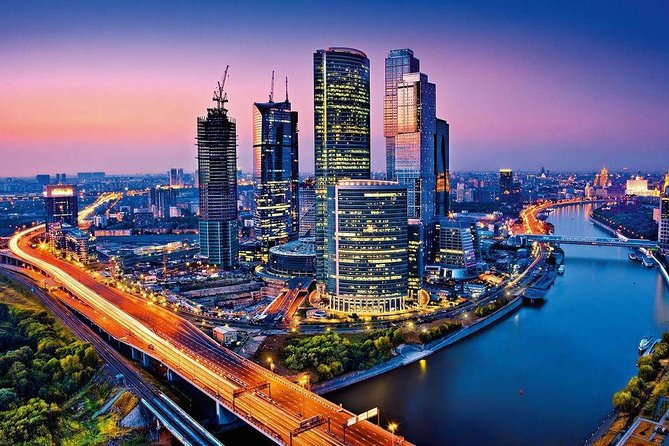 Moonlit Moscow and the Highest Located Observation Deck in Europe Private Tour