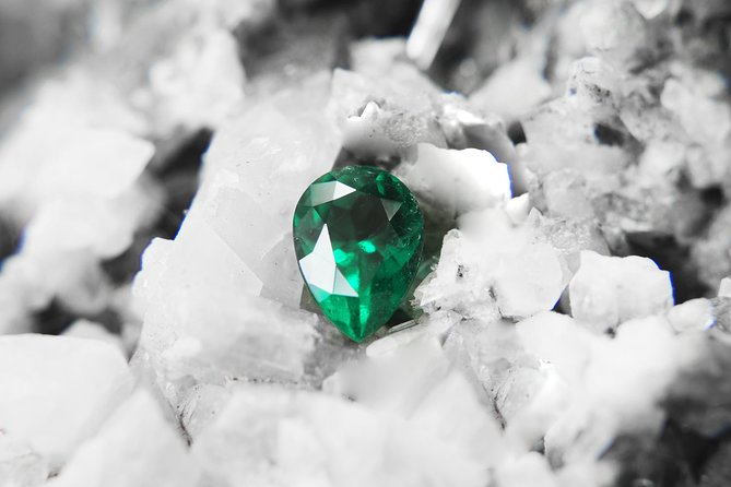 Private Colombian Emeralds Tour. Includes tickets, transportation, snacks.