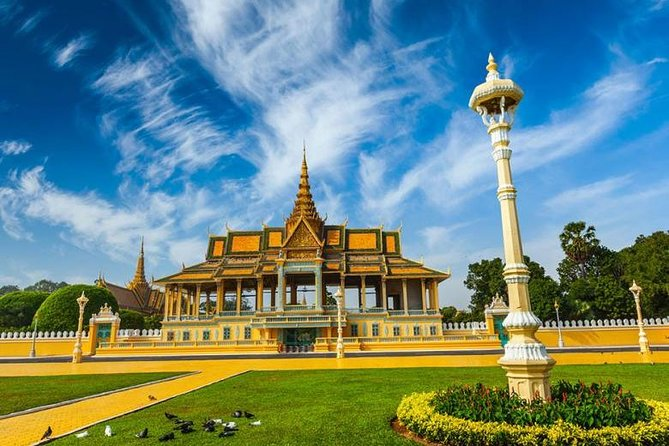 Phnom Penh Full Day City Exploration by Private Car