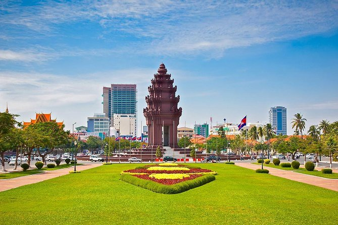Phnom Penh Full Day City Exploration by Private Car photo 4