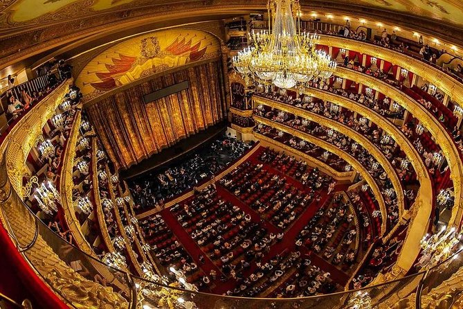 Bolshoi Theatre Historical Private Tour, Highlights of Moscow, Kremlin & Lunch