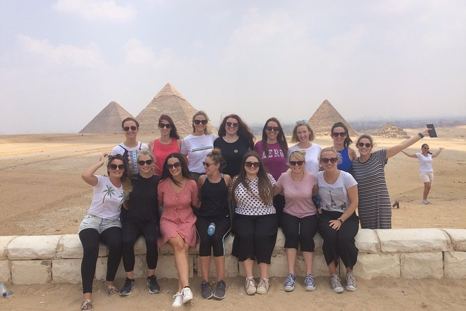 Private Tour to Giza Pyramids and Sphinx for Cairo Airport Layover Passengers.