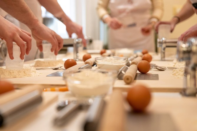 Share your Pasta Love: Small group Pasta and Tiramisu class in Montepulciano