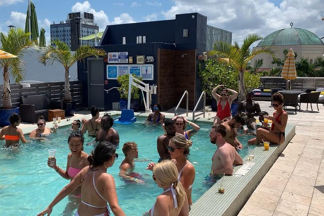 1 Hour Open Bar + Drip Pool Party - South Beach photo 7