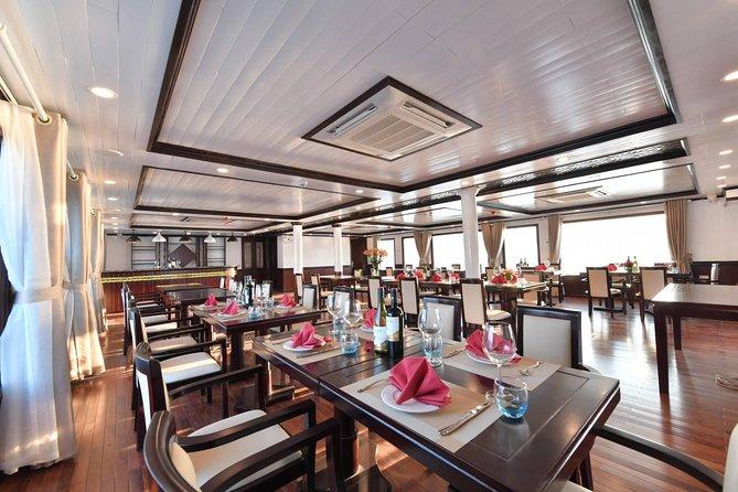 Jacuzzi Balcony Cabin on Luxury 4 Star Cruise in Halong Bay-Lan Ha Bay