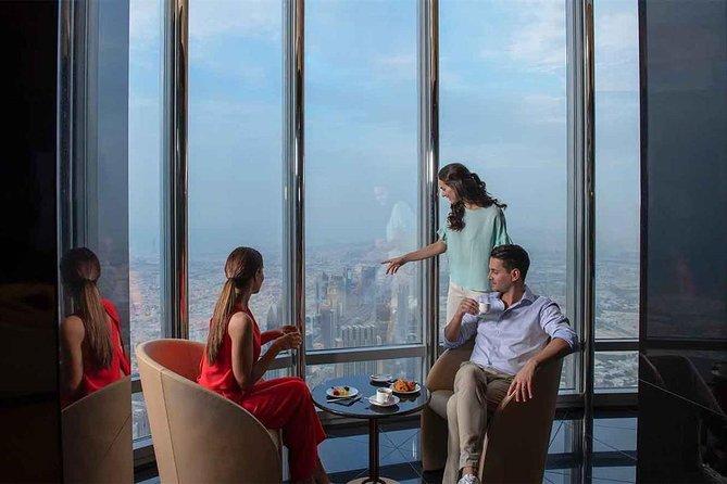 Burj Khalifa: Tea in the Clouds at The Lounge (Level 152 & 154)