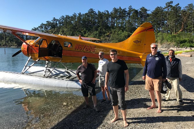 San Juan Islands Seaplane Flight & Hiking Adventure Tour from Seattle