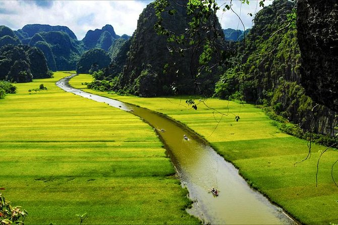 Hanoi to Ninh Binh by luxury car transfer