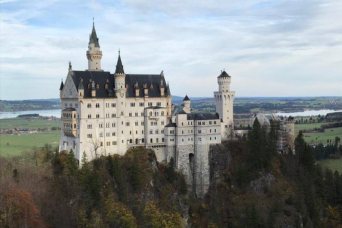 Neuschwanstein castle tour from Oberammergau village