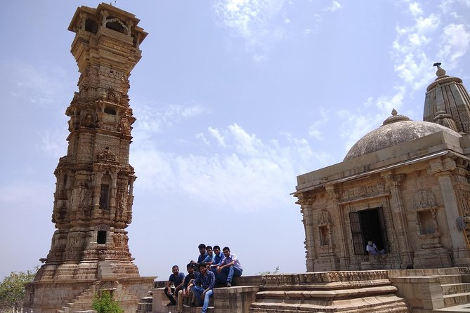 Udaipur Drive from Jaipur with Enroute Trip to Chittorgarh Fort with Comp Lunch