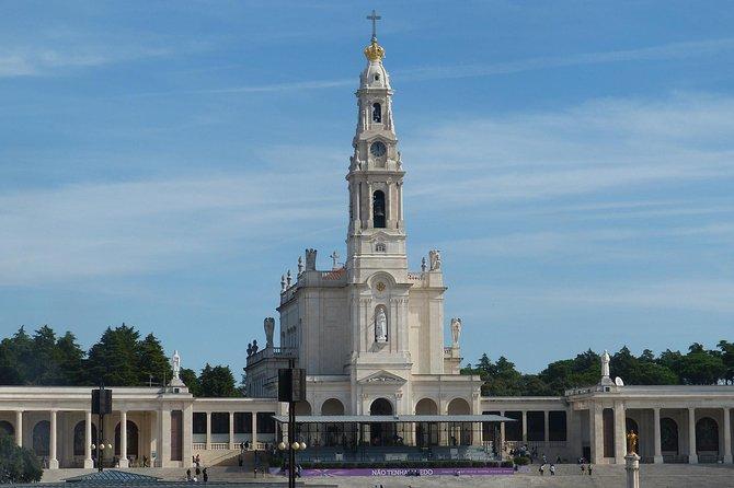 Full Day Tour - Fatima, Obidos and Nazareth