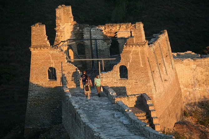 1-Day Simatai Great Wall Hiking Tour with a Visit to Gubei Water Town