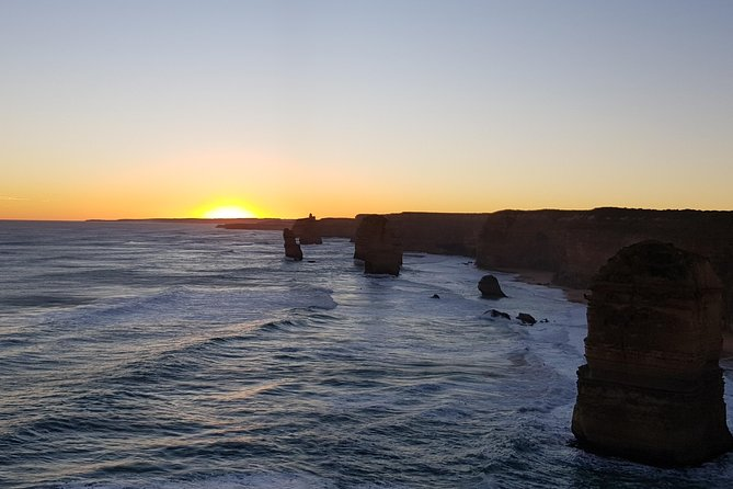 Luxury Private Great Ocean Road Tour up to 7 people - Entire Vehicle photo 4