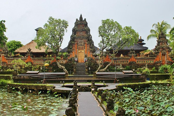 Ubud Guided Tour & Iconic Tanah Lot Temple
