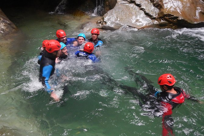 Canyon des Ecouges intermediate part (4h30 of canyoning)