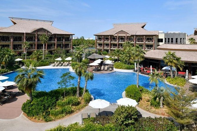 1 Night Stay in Lapita Hotel, Breakfast & Tickets to Dubai Parks & Resorts 2+2