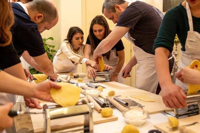 Share your Pasta Love: Small group Pasta and Tiramisu class in Sorrento
