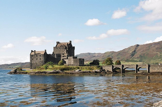 James Bond tour of Eilean Donan Castle and Glencoe in the Highlands of Scotland